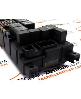 BSI - Cx. Fusíveis Volvo S60  518717004, 8637841