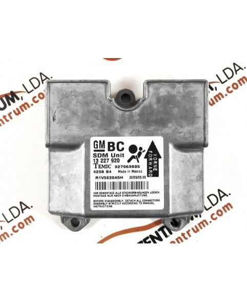 Module - Boitier - Airbag Opel Astra H - 13227920BC